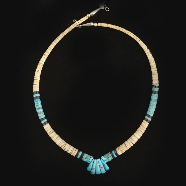 Jewelry 3 Lupe Lovato neck 250